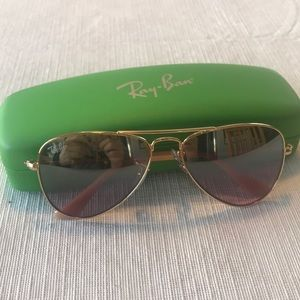 Fantastic authentic Ray-Ban sunglasses